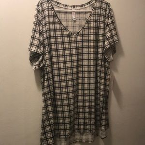 NWT Black and White plaid Christy Tee